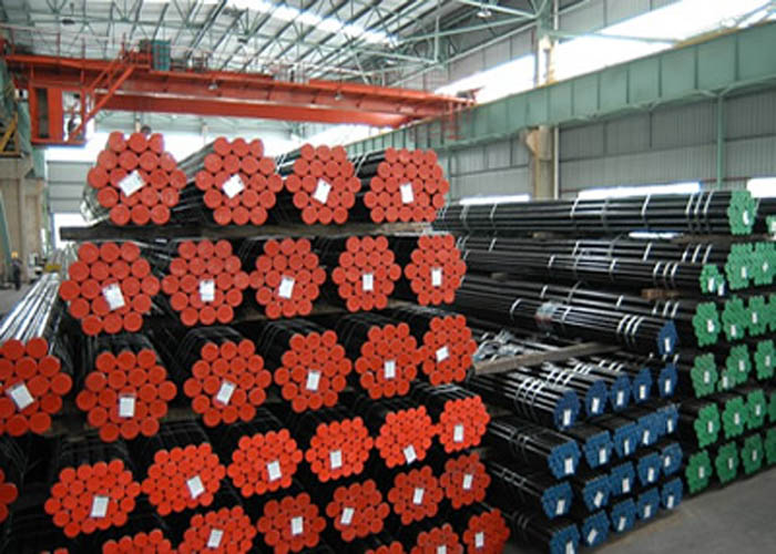 API 5L, API 5CT, ASTM A106 / A53, DIN 2391, EN10305, EN10210 Tubo de aço sem costura de liga de carbono